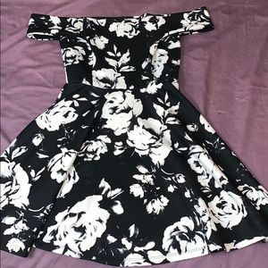 Like new off the shoulder skater dress